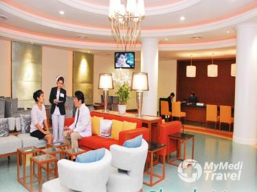Hair Transplant at Bangpakok 9 International Hospital